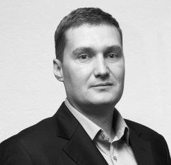 Эдуард Геннадиевич Карюхин